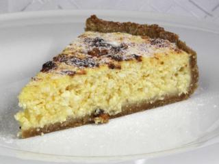 Medovo tvarohový koláč