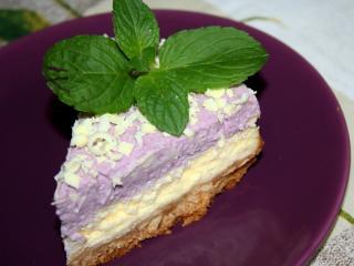 Cheesecake s čučoriedkovou šľahačkou