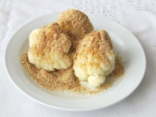 Karfiol s maslovou strúhankou