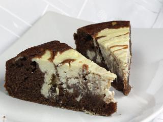 Tvarohovo - kakaový koláč