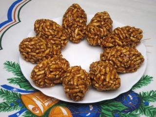 Karamelovo-orechové šišky