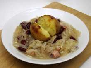 Kapustovo-fazuľová polievka Šutolica (Šutelica)