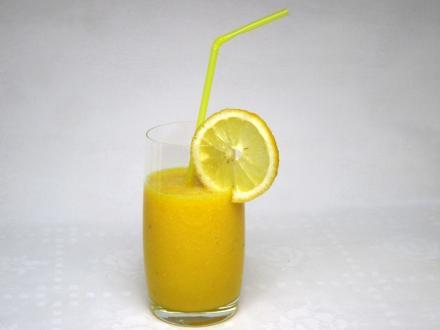 Medové citrus smoothie so zázvorom