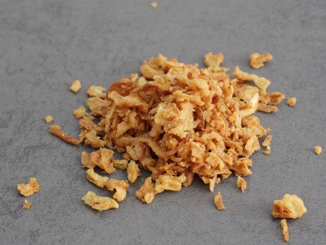 dried-onion-flakes.jpg