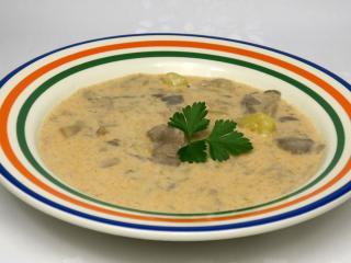 Hlivová polievka so smotanou