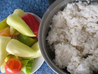 Príprava ryže a paprík