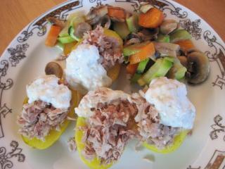 Pečené zemiaky s tuniakom