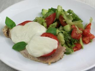 Kuracie prsia s paradajkou a mozzarellou