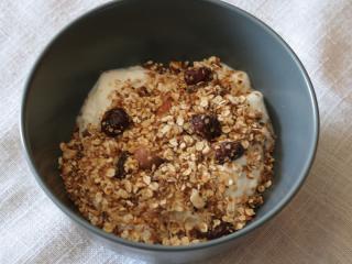 Oriešková granola