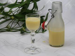 Vaječný likér