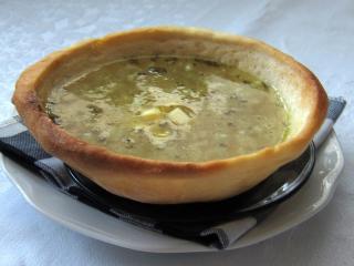 Cesnaková polievka so zemiakmi