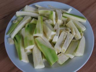Príprava cuketových hranoliek