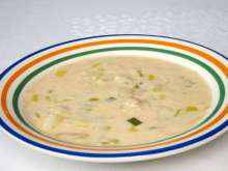 Zemiaková polievka s fazuľou a pórom