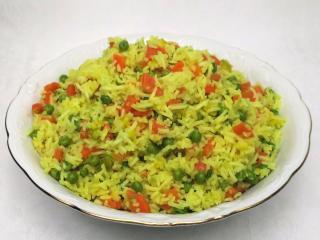 Basmati ryža so zeleninou