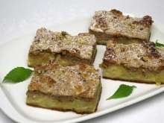 Jablkový koláč s orechovým tvarohom