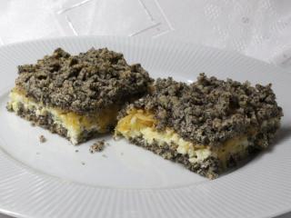Makový strúhaný koláč