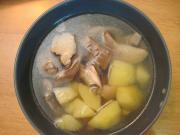 Hlivová polievka z parného hrnca