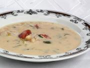 Fazuľová polievka s paradajkami a mäsom