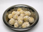 Varené cícerové guľôčky s kokosom