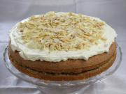 Jablkovo orechová torta