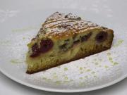 Medovo jablkový koláč s višňami