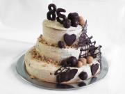 Trojposchodová gaštanová torta